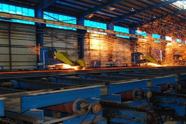 برخی صنایع خوزستان با ۲۰ درصد ظرفیت خود فعالیت میکنند