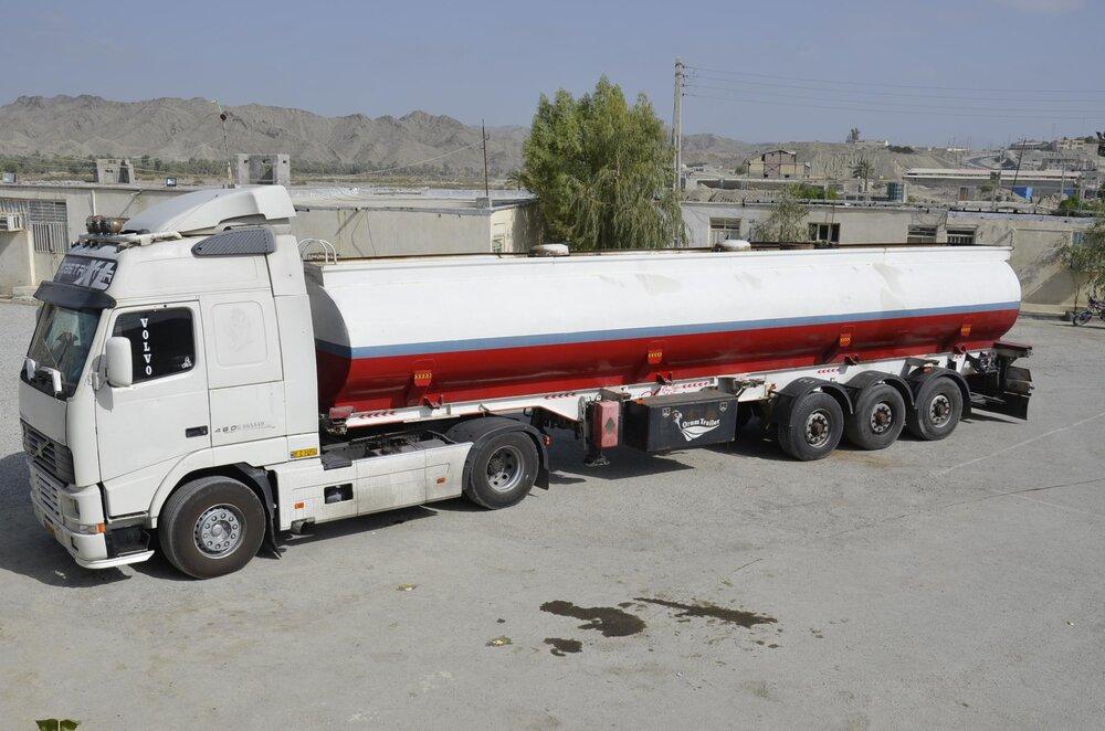 رفع مشکل تانکرهای سوخت در مرز باشماق مریوان در دستور کار قرار گرفت
