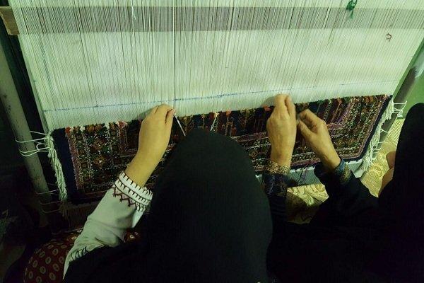 ۲۰۰ طرح قالی بافی در سیستان و بلوچستان راه اندازی می شود