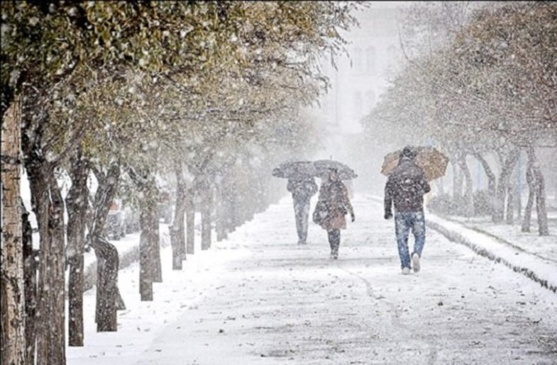 سامانه بارشی به صورت برف از امروز وارد همدان میشود