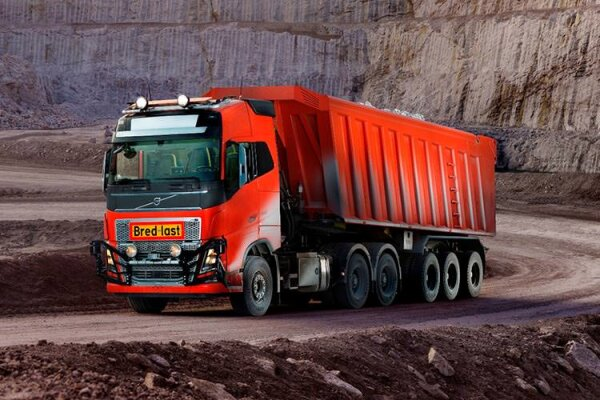 کامیون هایی که به لطف ولوو ماشین کنترولی شدند