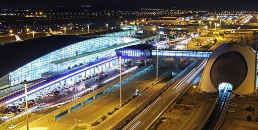 مسافران فاقد بلیت و روادید، عامل شلوغی فرودگاه امام