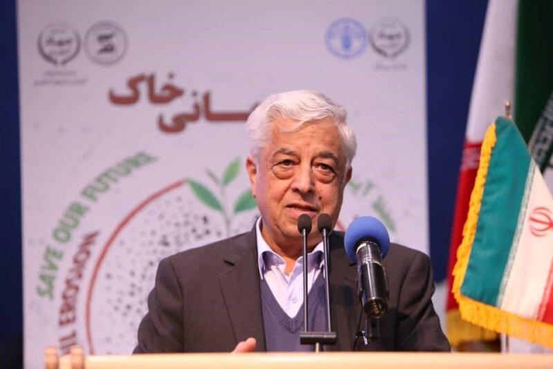 افتتاح ۴۵ طرح منابع طبیعی در سفر کشاورز به آذربایجان غربی