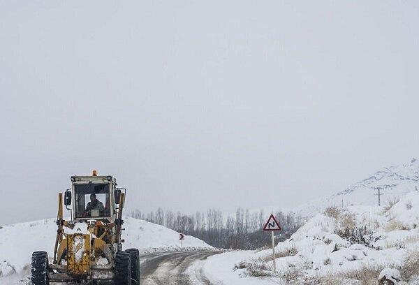 راه ارتباطی ۵ روستای آذربایجان شرقی همچنان مسدود است