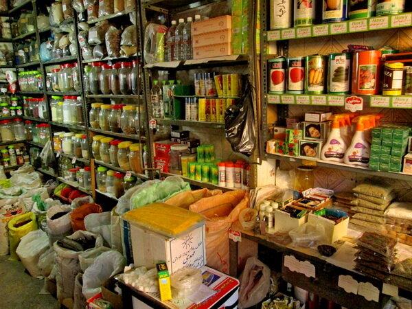 انتقال مغازه های عمده فروشی یاسوج/ زیرساخت ها در نجف آباد تکمیل شد