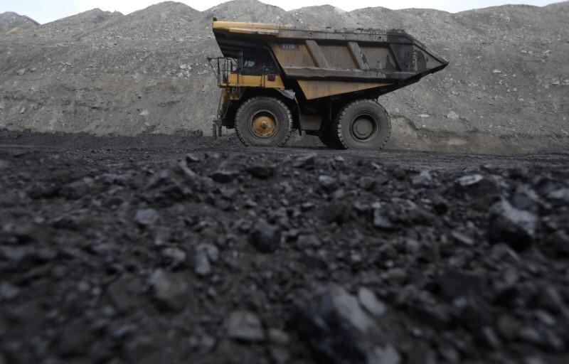 افت تولید زغال سنگ در اسفندماه/ کرونا روی زغال را هم کم کرد