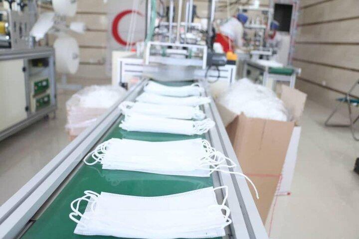 ۱۰ واحد تولیدی در استان سمنان مواد ضدعفونیکننده و ماسک تولید میکنند
