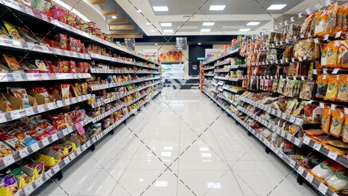 کمبود ارزاق عمومی شایعه است/فروشندگان مواد غذایی محدودیت فعالیت ندارند
