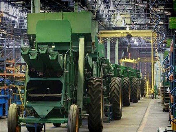 تولید ۳۷۱ دستگاه کمباین در اراک/ساخت هر دستگاه برای سه نفر اشتغالزایی می کند