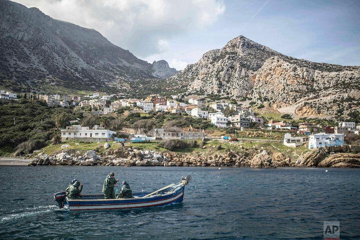 زنان ماهیگیر