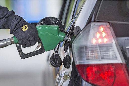افزایش بنزین دزدی و بی اعتمادی مردم به اپراتورها /برگزاری جلسه ویژه جایگاهداران با مسئولان وزارت نفت