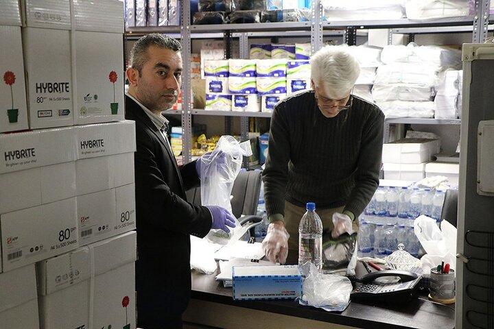 توزیع بسته های پیشگیری از کرونا توسط سازمان مدیریت تهران