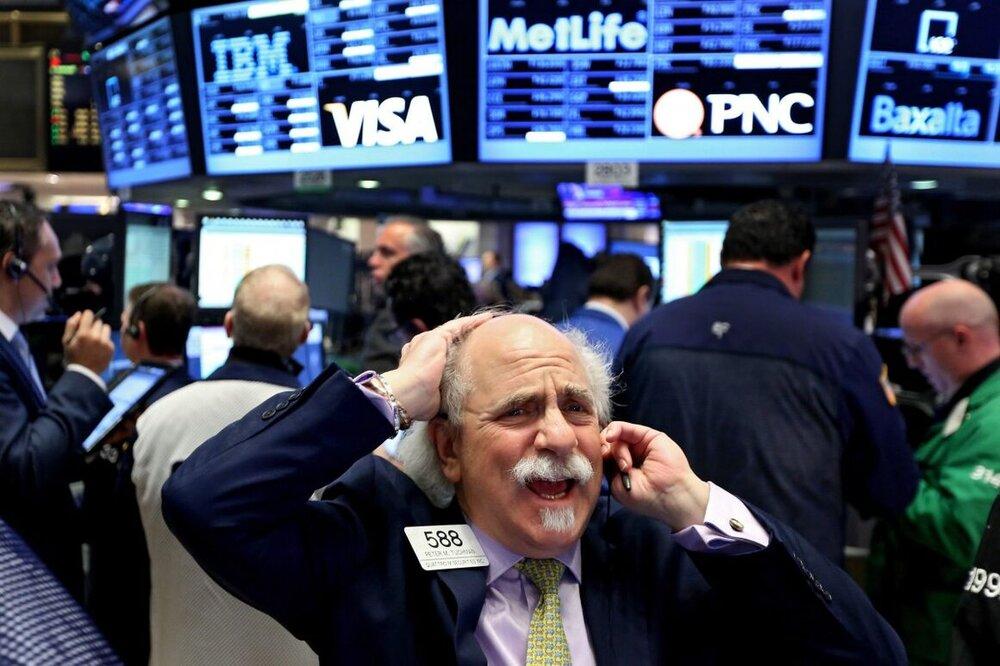 سقوط قیمت نفت آسیبپذیری اقتصاد آمریکا را نشان داد
