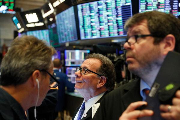 اقتصاد جهان سقوط آزاد نخواهد کرد