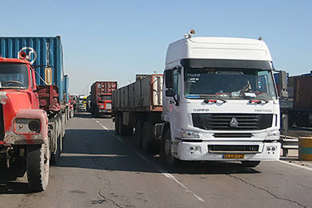 ۲۷ هزار و ۷۳۹ بارنامه در بخش حمل و نقل جادهای شازند صادر شد