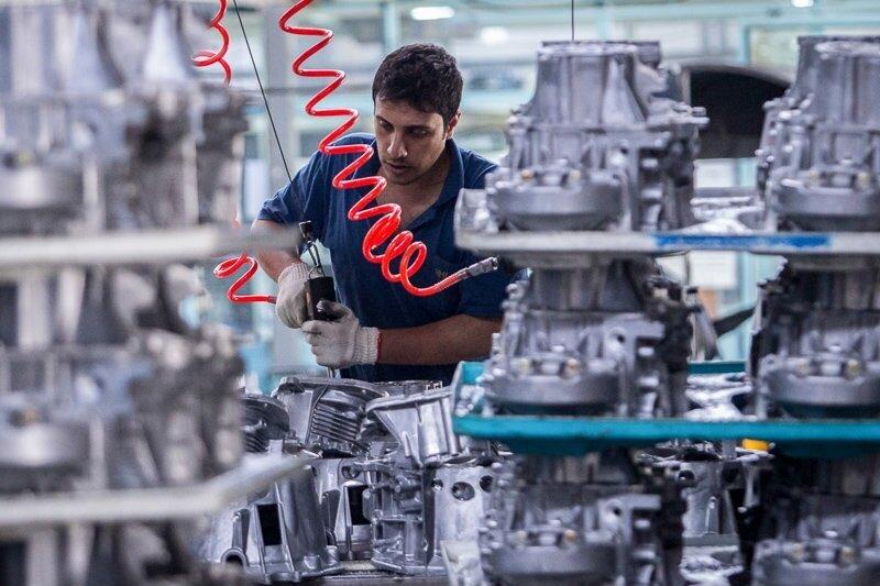 ضرورت تکمیل حلقه های تولید خودرو در آذربایجان شرقی