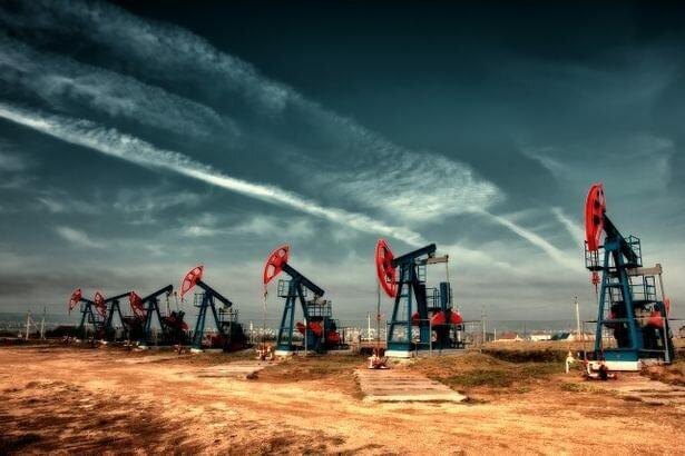 قیمت نفت به پایین ترین رقم در ۱۷ سال گذشته رسید