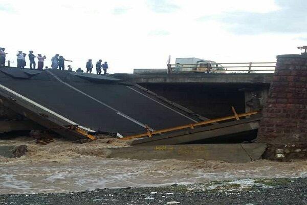 سیلاب ۱۲۳۰ میلیارد تومان خسارت به جنوب استان کرمان وارد کرد