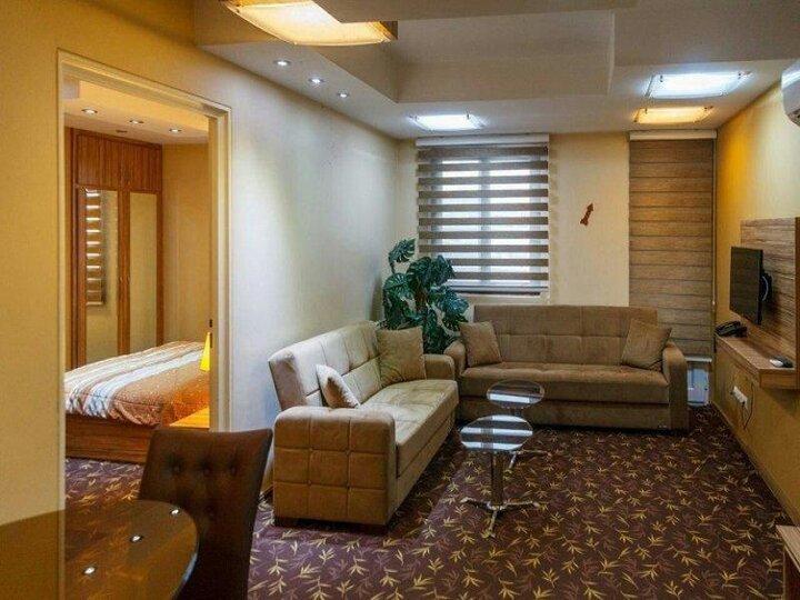 کرونا، صنعت هتلداری ایران را ضربه فنی کرد/ ۷۰ درصد نیروی انسانی در هتل ها تعدیل شدند