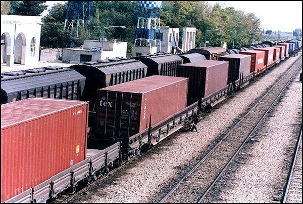 حمل و نقل کالاهای فله به صورت ریلی از شلمچه آغاز شد/ توسعه صادرات ایران از جنوب غرب