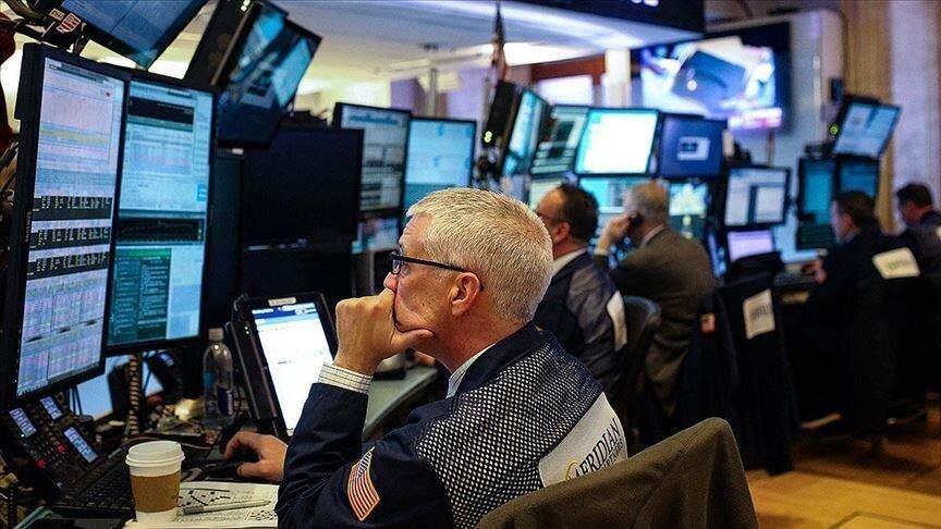معاملات بورس نیویورک با سیر نزولی آغاز شد