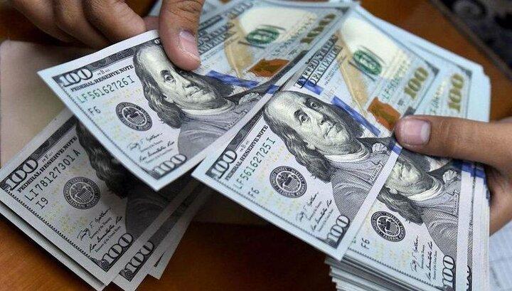 دلار به کانال ۲۸ هزار تومان بازگشت/ احتمال کاهش قیمت ارز در روزهای آتی