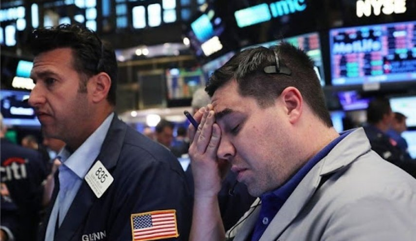 سقوط ۳۰۰ واحدی داوجونز در بازارهای آمریکا
