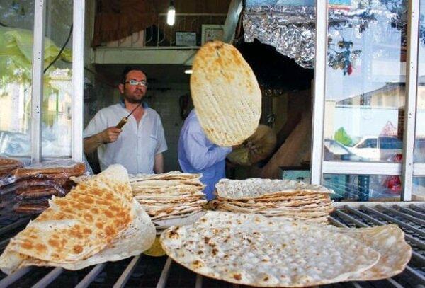 قیمت نان در شهرها ۵۰ درصد افزایش یافت| روستاها هنوز به قیمت سابق نان می فروشند!