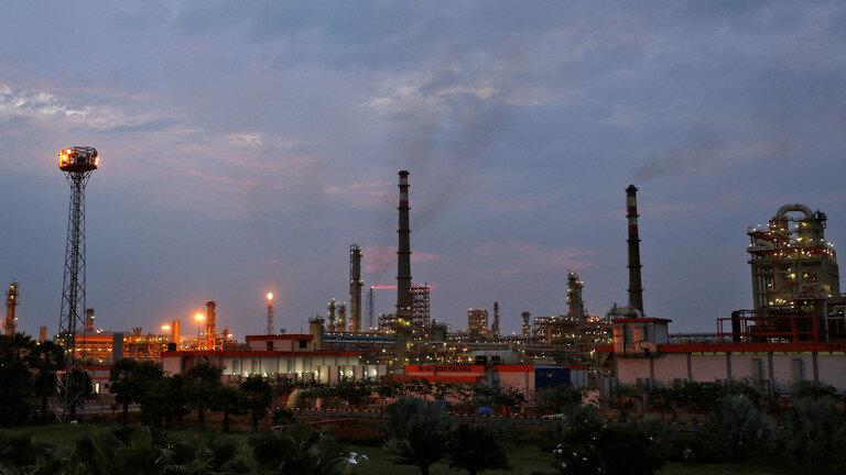 کاهش واردات نفت از عربستان به هند