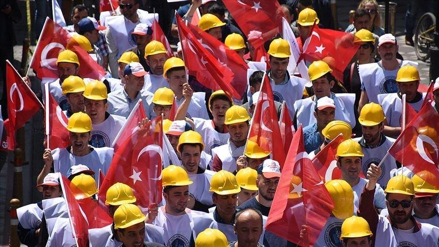 دستمزد کارگران ترک سه برابر ایرانی ها/ حقوق ۱۱۵ میلیونی اردوغان دوبرابر وزرا