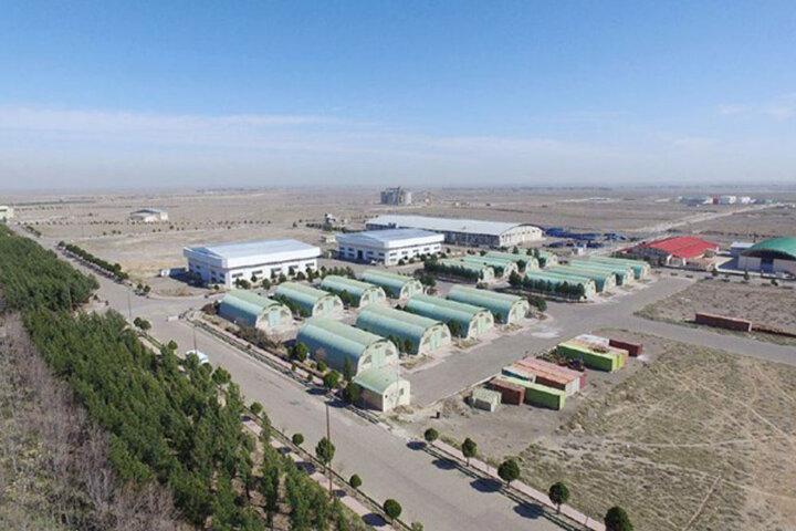 ۵۱ قرارداد سرمایهگذاری در منطقه ویژه اقتصادی گرمسار منعقد شد