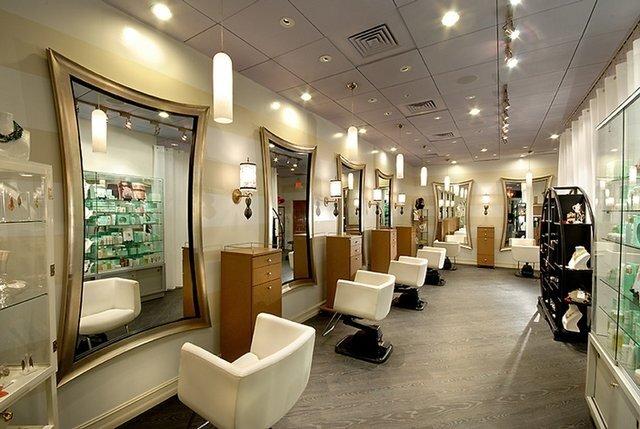 ممنوعیت فعالیت آرایشگاهها برداشته شد