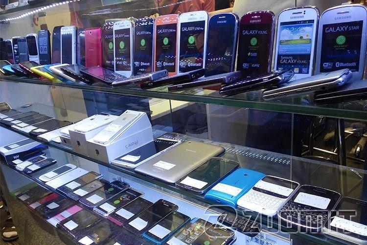 قیمت روز انواع تلفن همراه در ۱۲ اسفند ۱۳۹۹