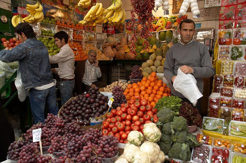 قیمت میوهها نوبر است؛ نرخگذاری بیضابطه بلای جان مردم