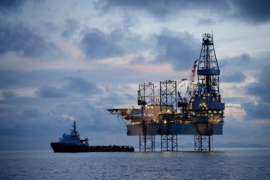 تکلیف وزارت نفت برای استفاده از بخش خصوصی جهت توسعه میادین مشترک نفتی