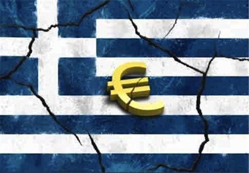 کاهش ۱۰ تا ۱۳ درصدی رشد اقتصادی یونان در سال جاری