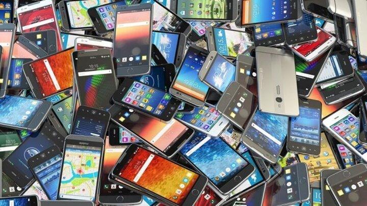 قیمت روز انواع تلفن همراه در ۶ بهمن ۱۳۹۹