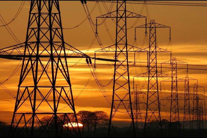 اصرار به انحصار در صادرات برق/ ۸۵ درصد فرصت صادرات برق را از دست دادیم