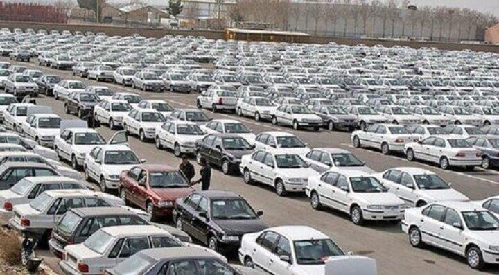 قرعه کشی برای تولید ۶ روز خودرو سازها بود!/ کاهش قدرت خرید، دلیل اصلی رکود