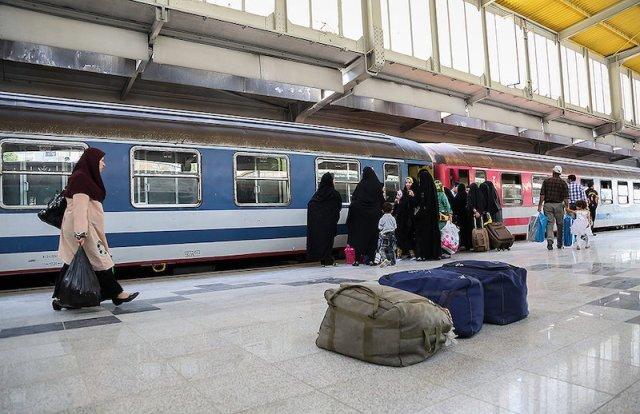 کاهش ۶۰ درصدی تعداد مسافران ناوگان ریلی شمالغرب کشور