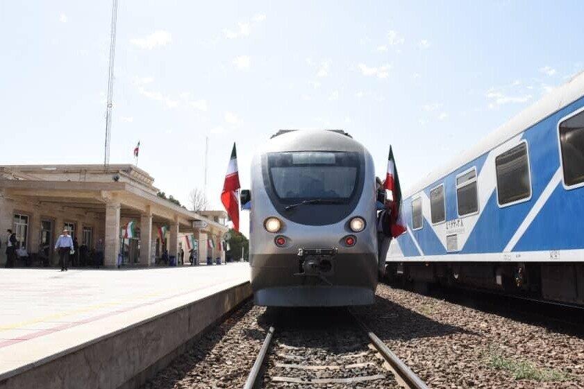راه آهن قزوین-کرج زمینه صرفهجویی ۱۲.۷ میلیون لیتر سوخت را فراهم کرده است