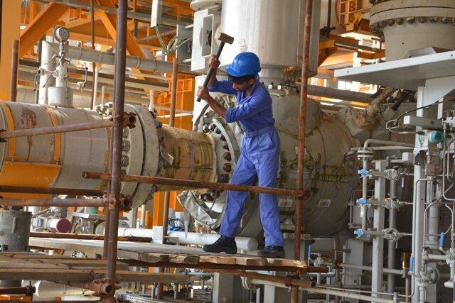 بحران کارگری در استان بوشهر نداریم/ لزوم بهبود معیشت کارگران