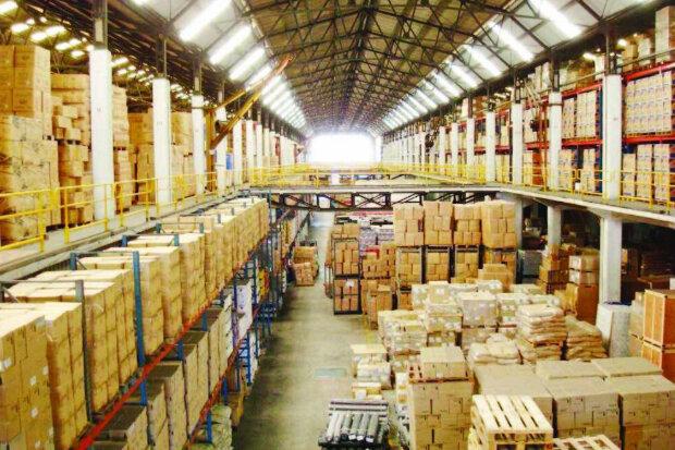 مجوز ایجاد ۲ انبار اختصاصی ورود کالاهای اساسی در بوشهر صادر شد