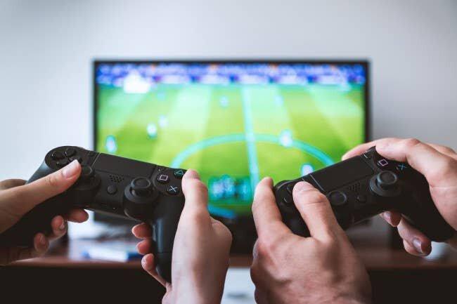 صنعتِ بازی؛ از معدود صنایع موفق در دوران کرونا