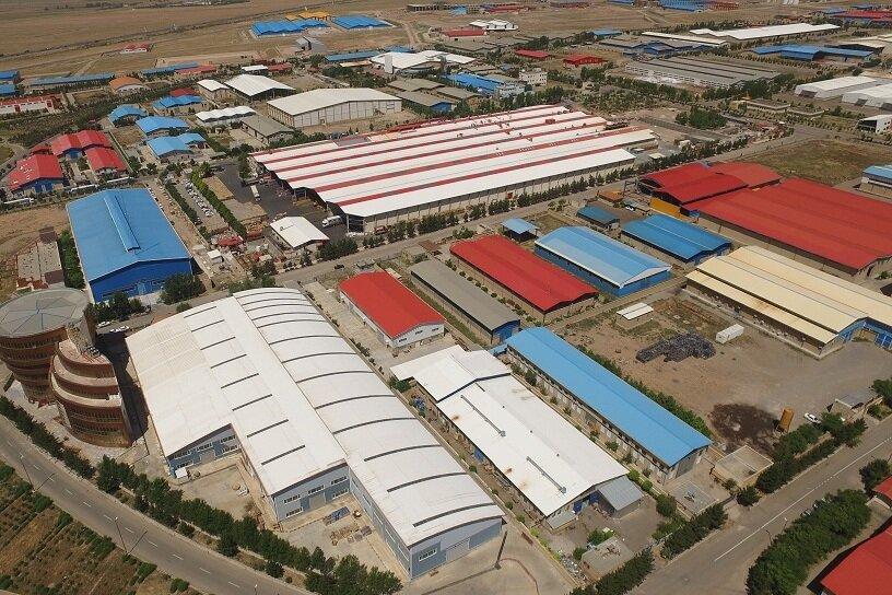 ۳۸ هزار نفر در شهرکهای صنعتی فارس مشغول به کار هستند
