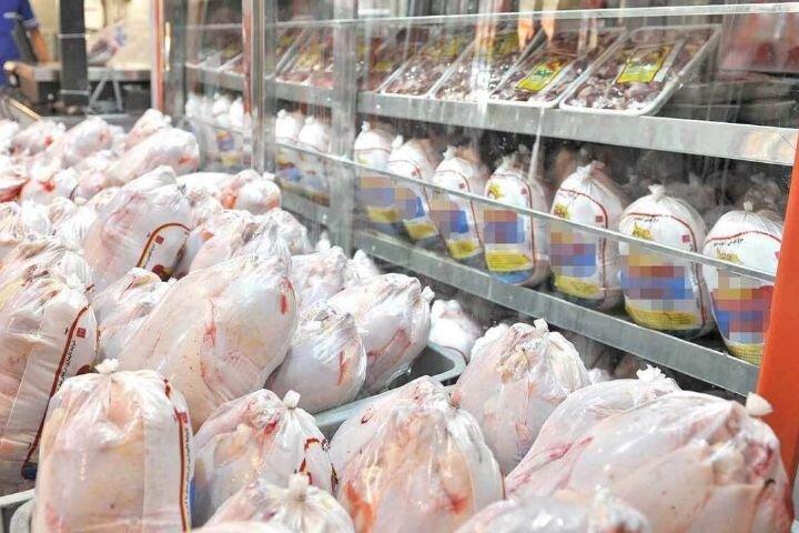 توزیع مرغ گرم در فروشگاههای زنجیرهای از امروز