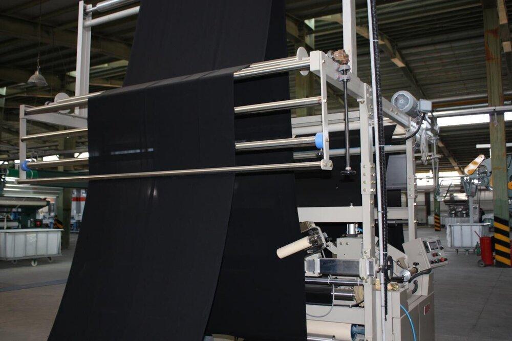 خیز بنیاد مستضعفان برای تولید ۲۶ میلیون متر چادر مشکی
