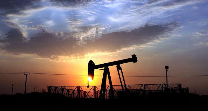 تداوم روند احیای بازار جهانی نفت با افزایش سفرهای جادهای و هوایی