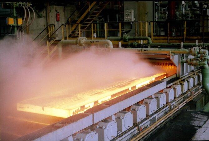 فولاد مبارکه پیشتاز در تولید