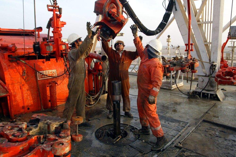 افت ۴۵ درصدی درآمد نفتی عربستان در فصل دوم امسال